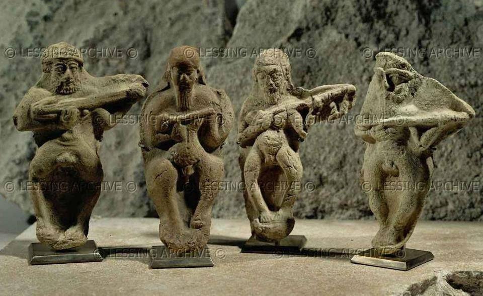 Iran,Elamite musicians ca, 3rd millinium BCE, suas,Louver museum. نوازندگان ایلامی، شوش هزاره سوم پیش از میلاد، موزه لوور   / موزه مجازى هنر ايران در فيسبوک