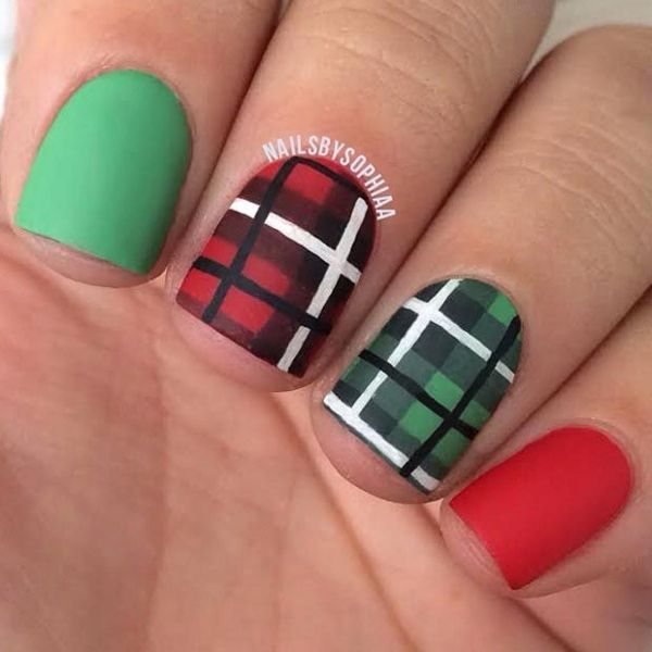 39 Awesome Plaid Nail Art Designs For Your Preppy Days Plaid Nail Art Plaid Nails Plaid Nail Designs