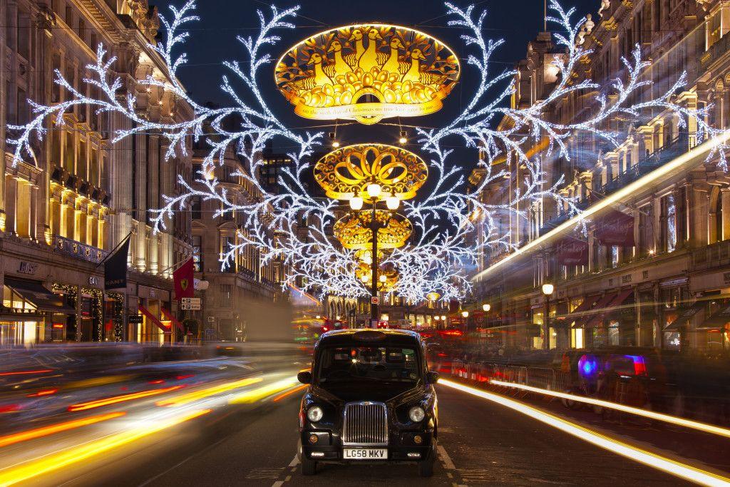 Christmas Lights in 2015 - TheTrainline Blog Kissing Mr Knightley
