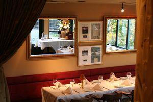 Swordfish Room Ponti Seafood Restaurant, Seattle