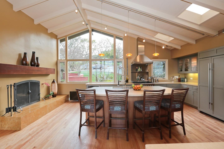 138 BOLIVAR LANE, Portola Valley, CA for sale.