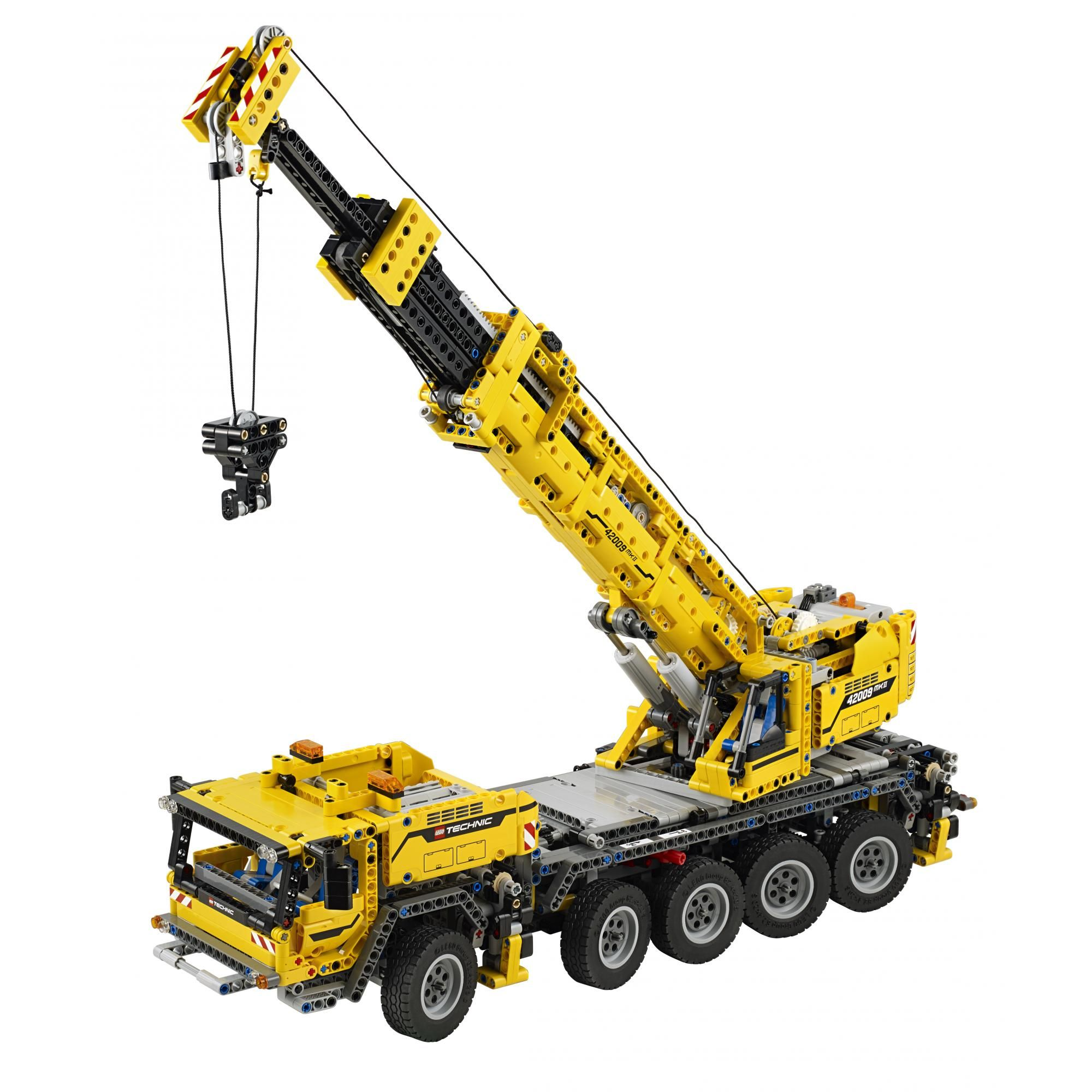 LEGO 42009 Technic Mobile Crane MK II. Check out our 4.76% promotion off retail price!  Enjoy a further $10 discount if you self collect your purchase! Delivery within Singapore. LEGO® is a trademark of The LEGO Group of companies. Chucklingbaby.com is independent of The LEGO Group. All the product images are copyright of The LEGO Group.