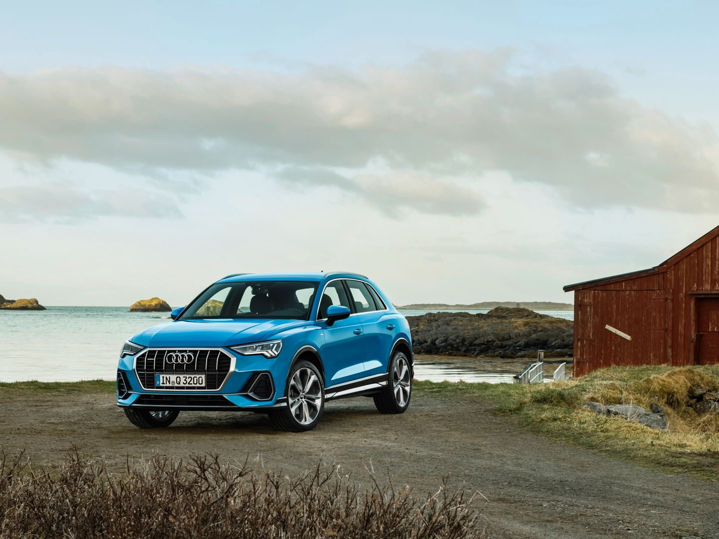 Video Auto Express Drives The 2019 Audi Q3 With Images Audi