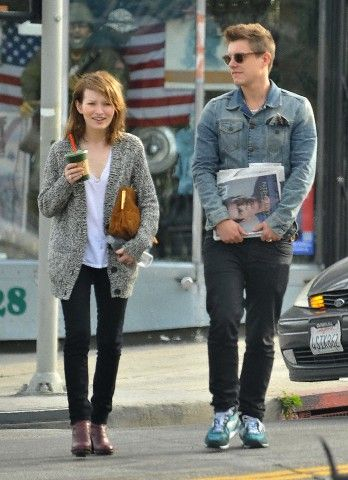 Is emily browning dating