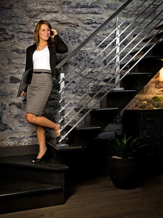 les poteaux carr s en inox s agencent parfaitement aux tiges troites et rectangulaires et aux. Black Bedroom Furniture Sets. Home Design Ideas