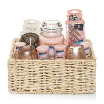 Pink Sands™ (Online & Catalog Exclusive) : Everyday Gift Basket : Yankee Candle