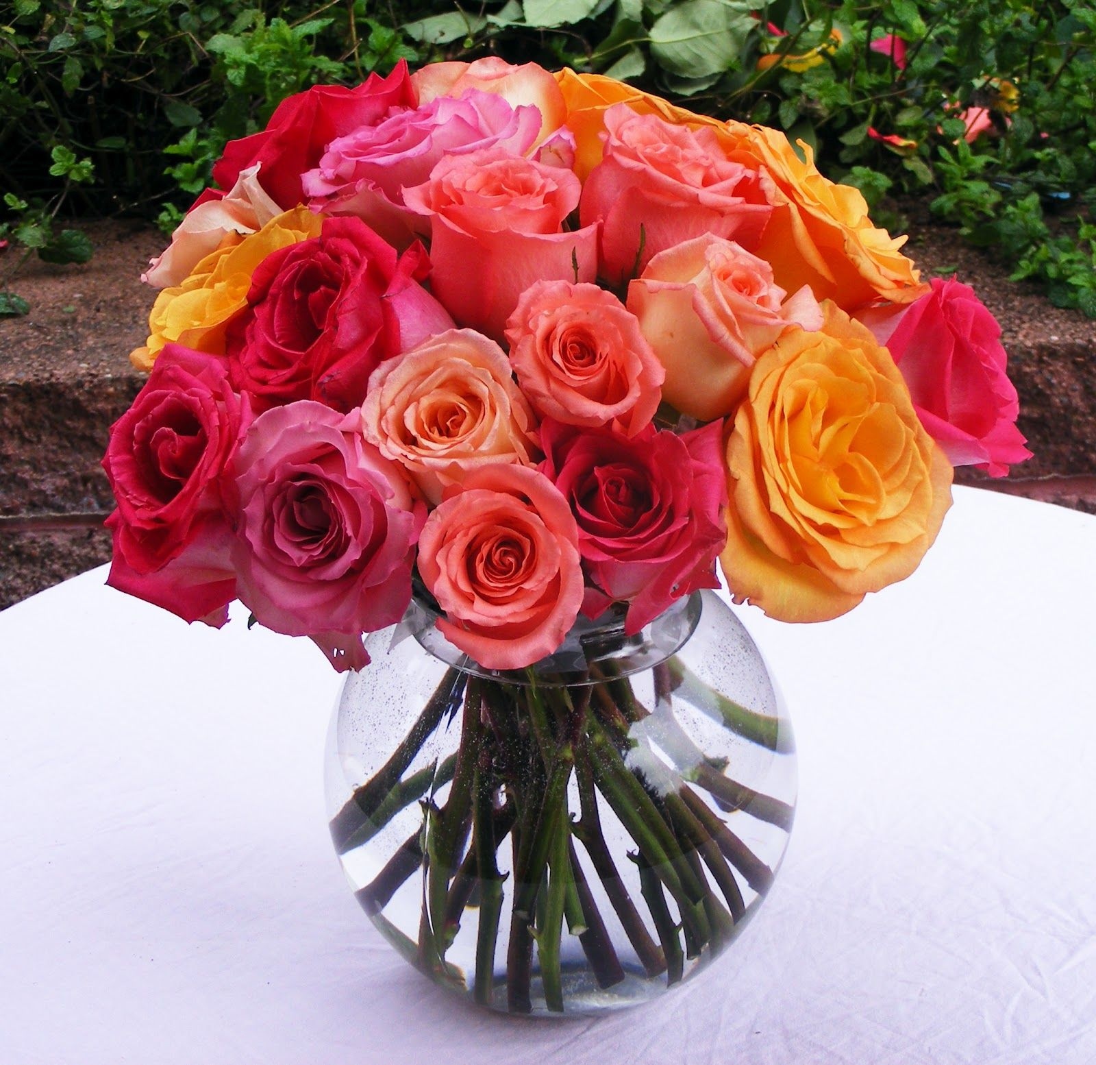 Beautiful Flower Arrangements For Weddings: Working For Carrots: How To Make A Rose Bouquet