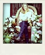 Interview with Saskia Havekes from Grandiflora on Daily Imprint, blogspot. She's so talented.