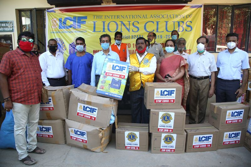 Lions Club District 324 A1 Contributed Rs 8 Lakh worth of Medical kits to 4 Govt. Hospitals