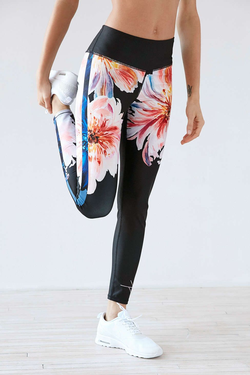 Without Walls Engineered Cropped Legging