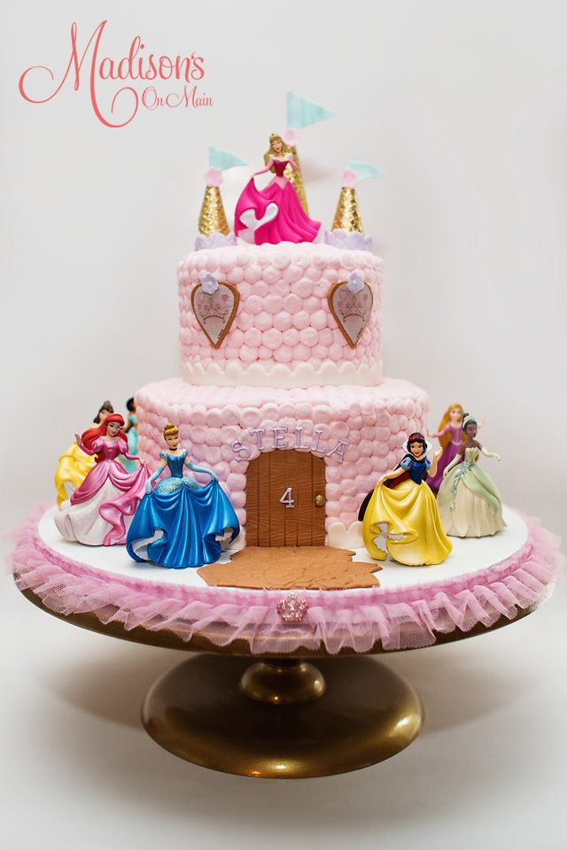 Prime Buttercream Castle Cake With The Disney Princesses With Images Personalised Birthday Cards Paralily Jamesorg