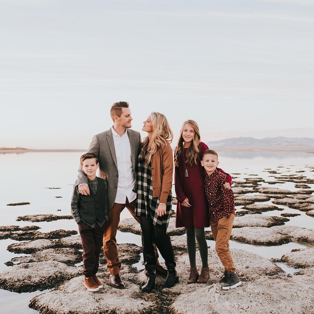 #familyphotooutfits