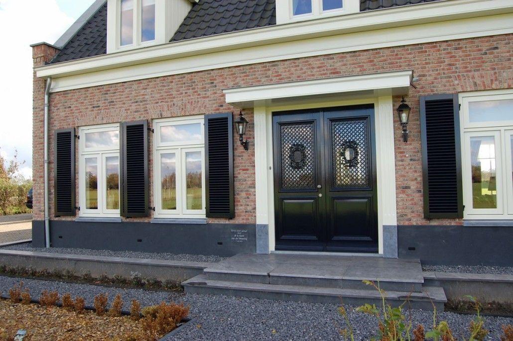 Nieuwbouw vrijstaande villa met bijgebouw en hooiberg dubbele voordeur mijn huis pinterest - Entree eigentijds huis ...