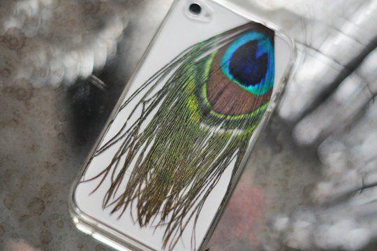 Идея для дизайна чехла для телефона: павлинье перо