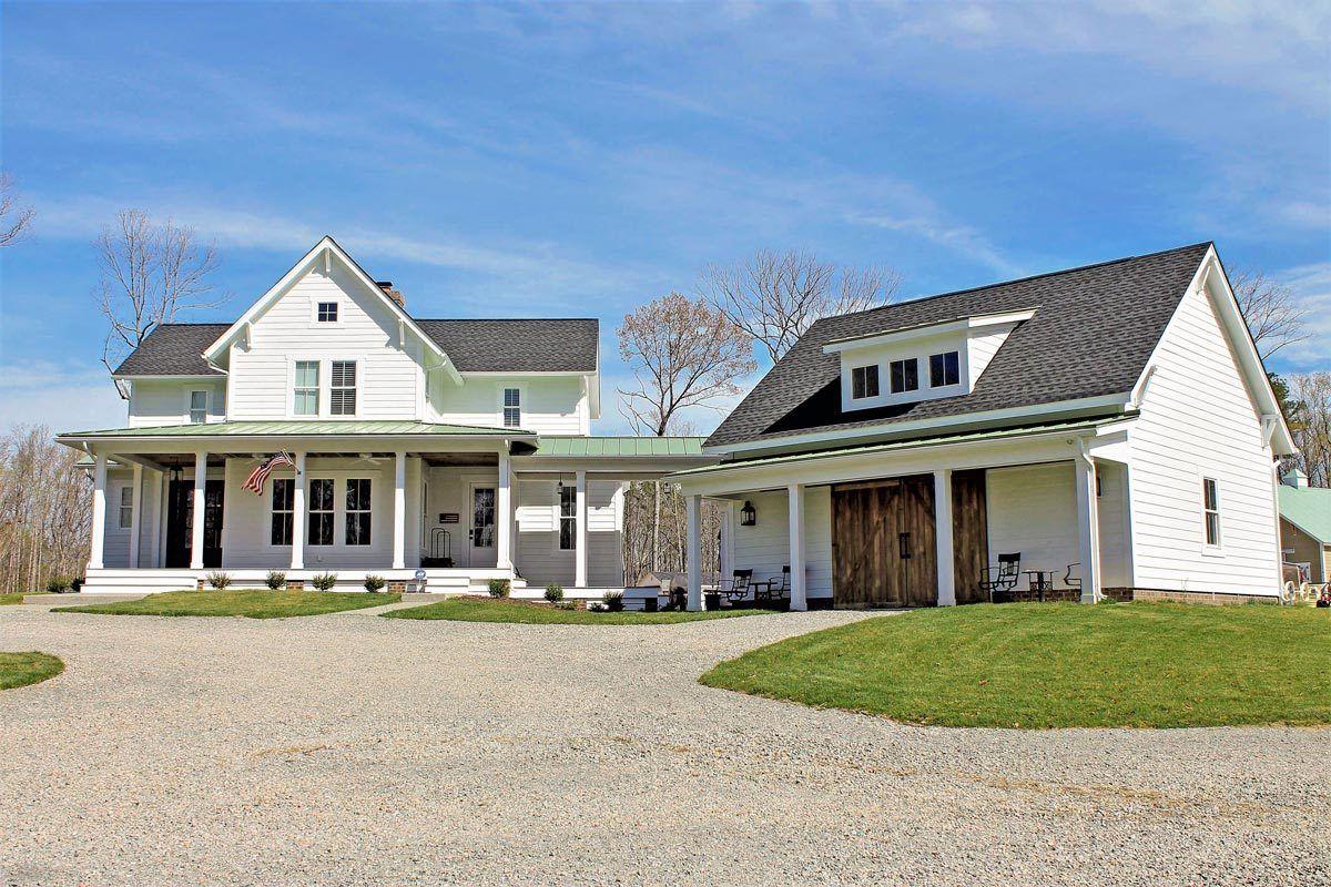 Plan 500018vv Quintessential American Farmhouse With Detached Garage And Breezeway Farmhouse House House Plans Farmhouse Architectural Design House Plans