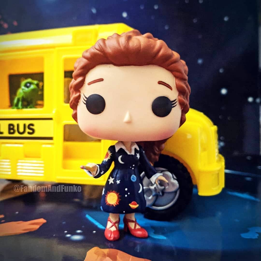 4add347d04c Look at this beauty! I d love a Miss Frizzle pop.  Reblog from   fandomandfunko  missfrizzle  magicschoolbus  funko  funkopop  popvinyl   want
