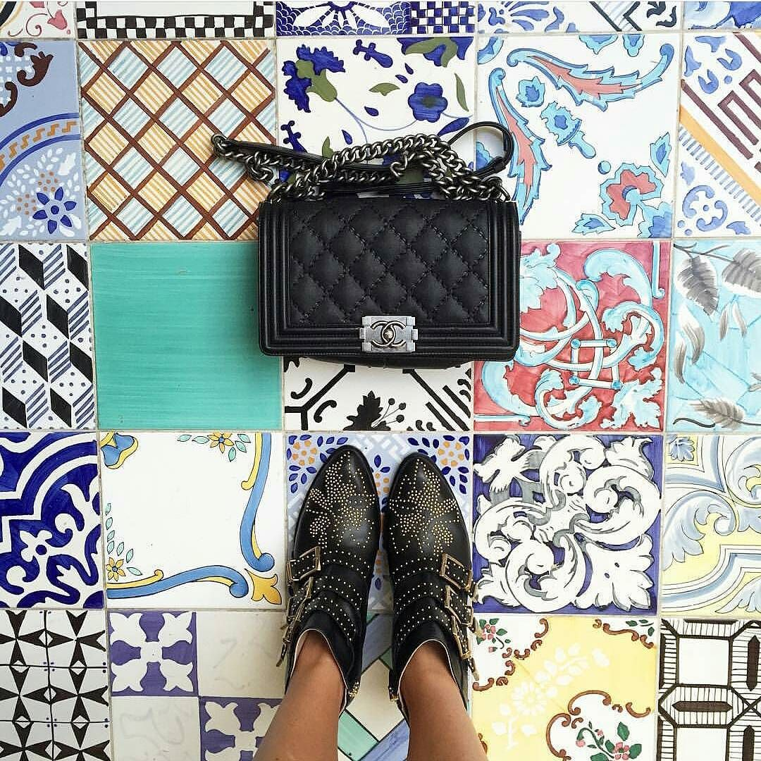 Have this thing with tiles. Amazing pic by @_agirlobsessed // keep tagging #ihavethisthingwithtiles  _____________________________________________  #fwisfeed #feet #lookyfeet #lookyfeets #lookdown #selfeet #fwis #fromwhereyoustand #viewfromthetop #ihavethisthingwithfloors #viewfromthetopp #happyfeet #picoftheday #photooftheday #amazingfloorsandwanderingfeet #vsco #all_shots #lookingdown #fromwhereonestand #fromwherewestand #travellingfeet #fromwhereistand #tiles #tileaddiction #tilecrush…