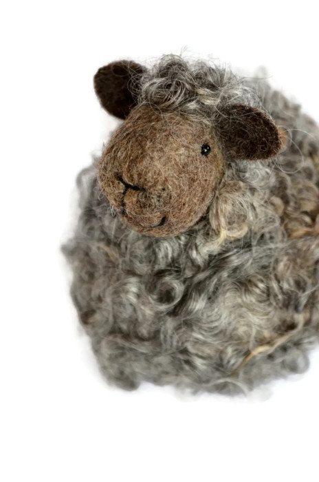 Sheep - Natural grey wool lamb - needle felted animals