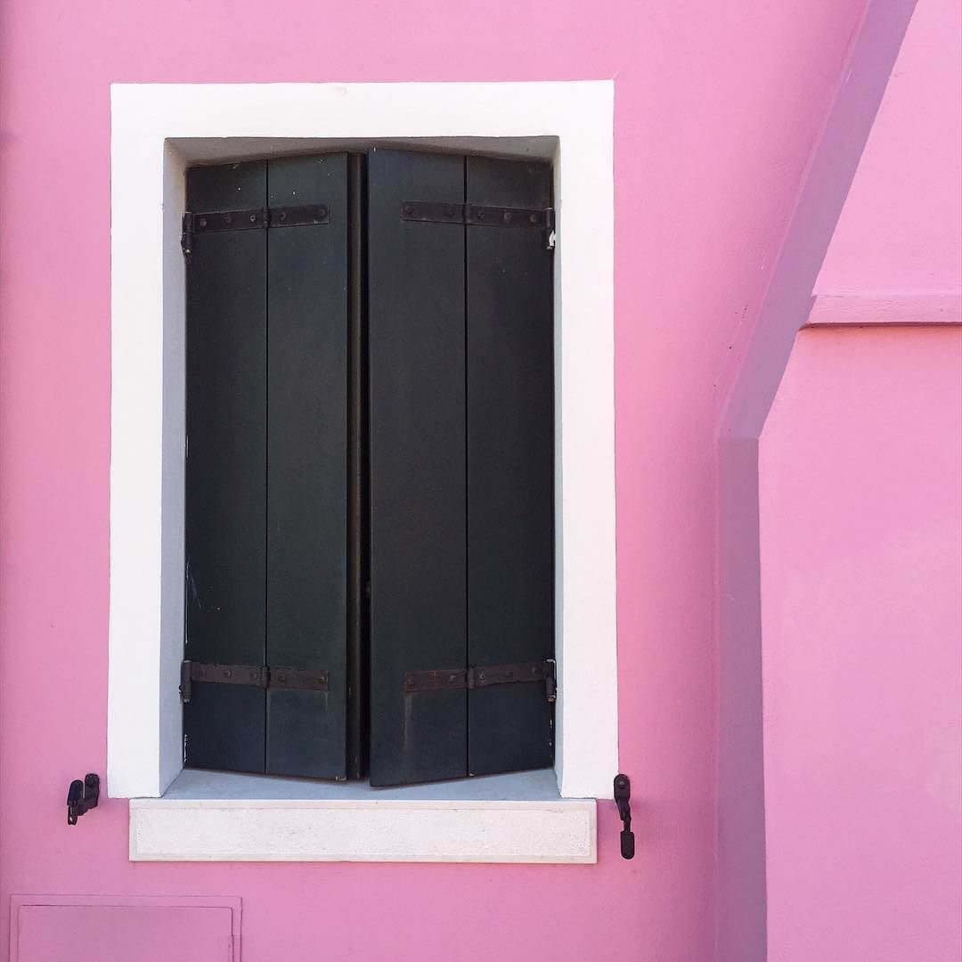 Pink house in Burano #pink #beautiful #colors #city #burano #venise ...