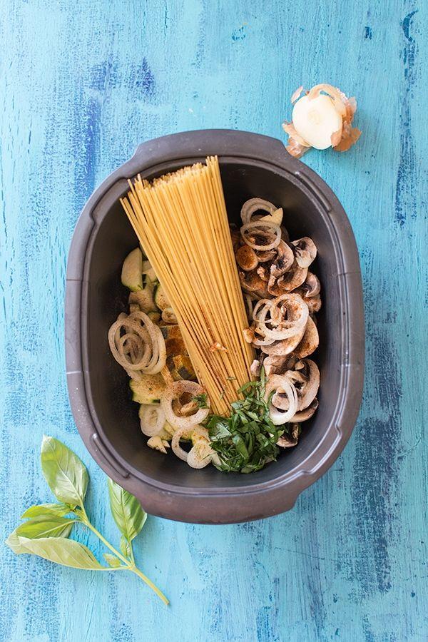 one pot pasta au micro ondes courgettes champignons mozzarella recette en 2019. Black Bedroom Furniture Sets. Home Design Ideas