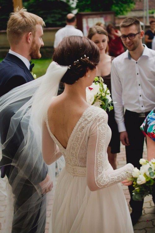 Suknie Piękna Zwiewna Suknia ślubna Gaja Welon Gratis 2 000
