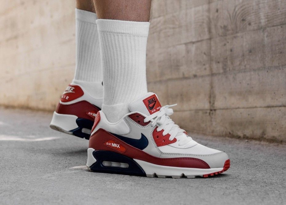 best loved 95494 7040a Nike Air Max 90 Essential    Mars Stone Pack    Mens Trainers  SIZE UK 13    Nike