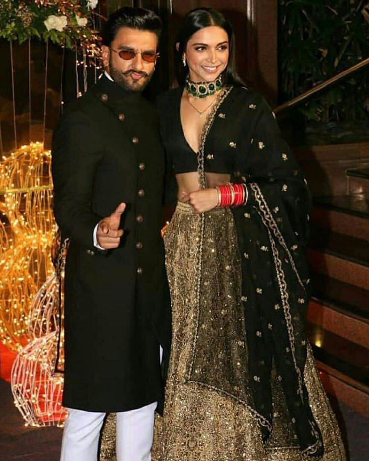 Celebrities Add Glitz And Glamour To Priyanka And Nick Jonas Wedding Reception Hungryboo Black And Gold Lehenga Bollywood Fashion Deepika Padukone Style