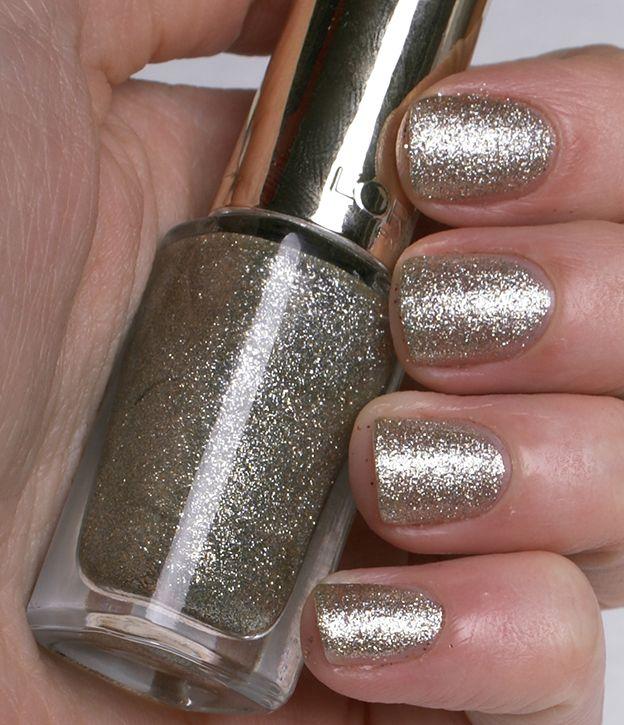 loreal-paris-color-riche-nail-polish-843-white-gold-swatch3 ...