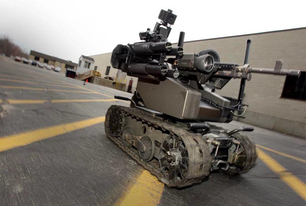 это смотреть картинки боевых роботов наших