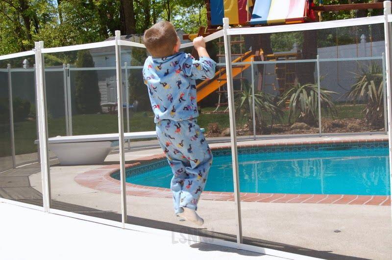 Was ist Pool-Sicherheitszaun | Swimming pool cost, Pool ...