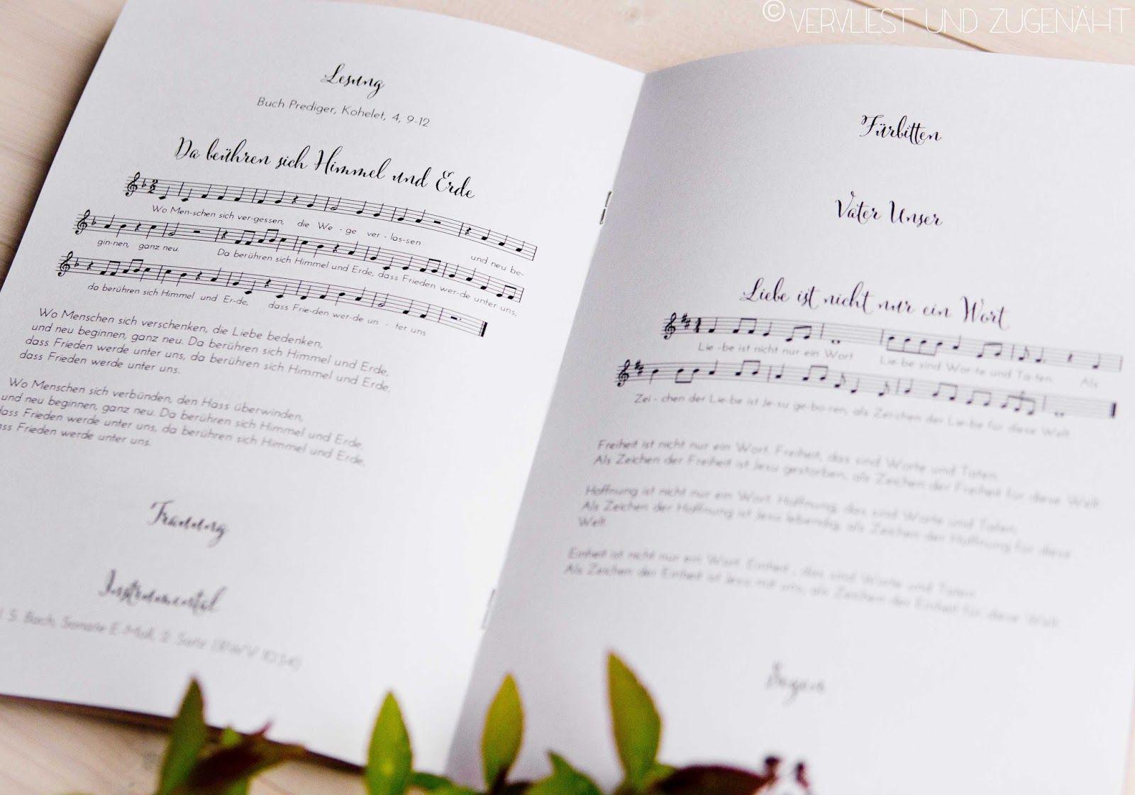 Fur Die Kirchliche Trauung Wollten Wir Ein Richtig Schones Liedblatt Das Man Als Gast Vielleicht Auch A Kirchenheft Hochzeit Vorlage Liedblatt Lieder Hochzeit