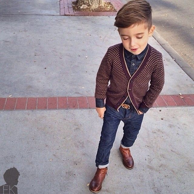 Meninos Estilosos Moda Infantil Masculina  boys Fashionistas do Instagram -  Look Jeans sueter e bota  luisafere  postmyfashionkid da748321fe0