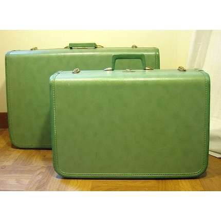 green vintage suitcase - Google Search | Vintage Suitcases...Love ...
