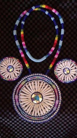 Dentalium Shell Set With Necklace And Earrings Beadwork