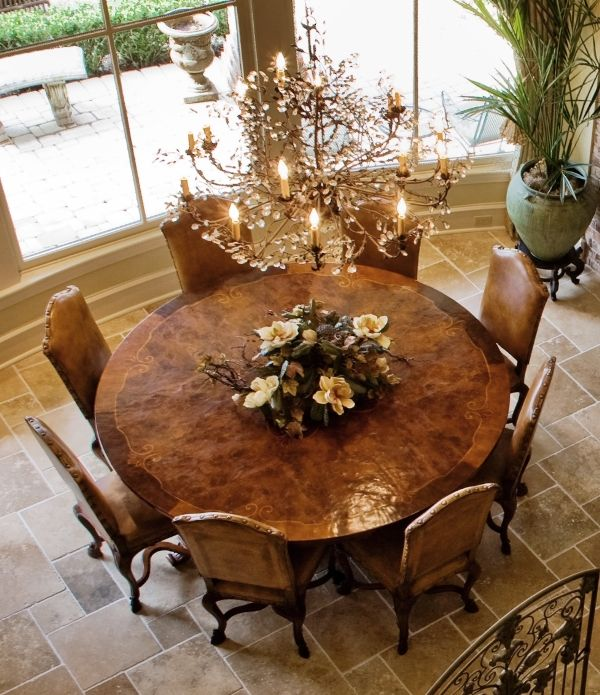 Round Table Seating 8 With Images Custom Dining Room Luxury