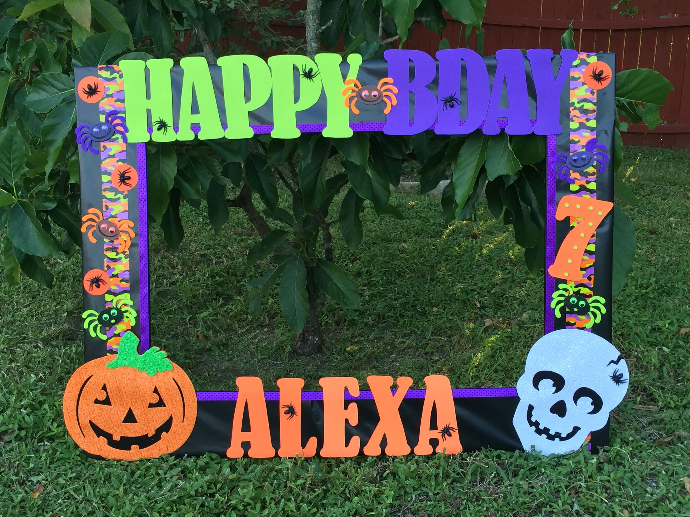 Halloween theme frame. Made by Thelma Villa | bautizo | Pinterest ...