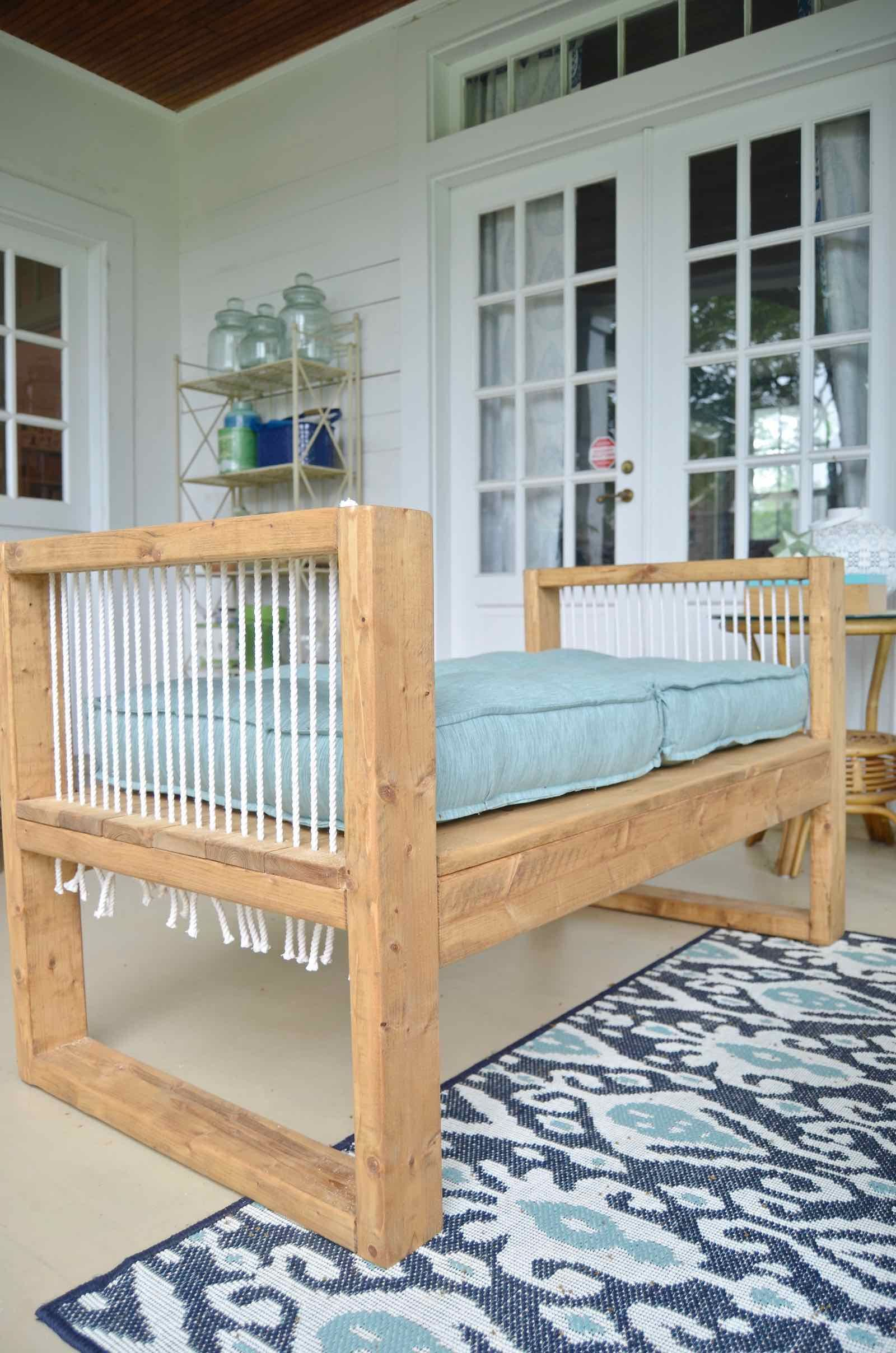 Outdoor Rope Bench- 2x4 and More with Remodelaholic | Bench ...