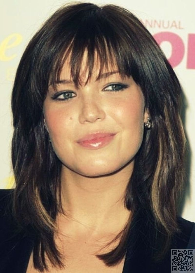22. #Shaggy Medium Bob - 27 #Flattering Hairstyles for #round Faces ...