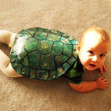 19 Creative Costumes For Babies Who Are Too Young To Walk #funnyhalloweencostumes