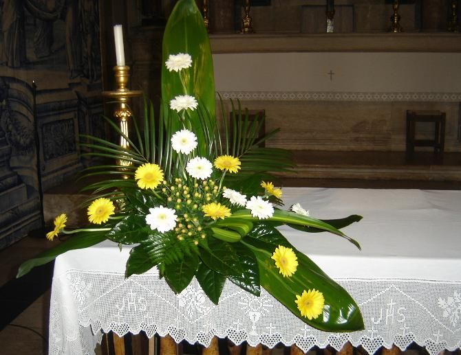 arranjos florais para igrejas com rosas - Pesquisa do Google