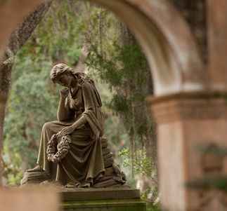 Visit Bonaventure Cemetery When You 39 Re In Savannah Midnight In The Garden Of Good And Evil May