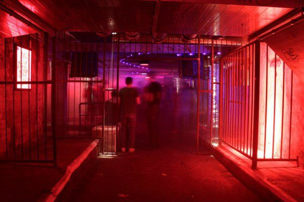 Tresor Club Berlin Google Search Dark room, Techno