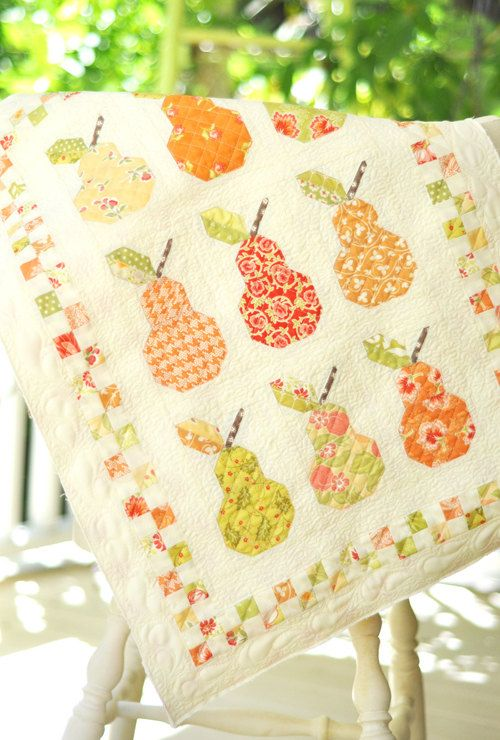 MINI Wall Hanging Canned Pears Quilt Pattern by PinkDoorFabrics ...