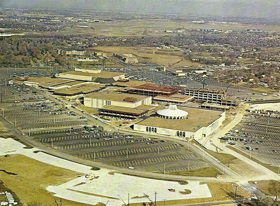 Northwest Plaza During 1960s Construction Was The Largest Shopping