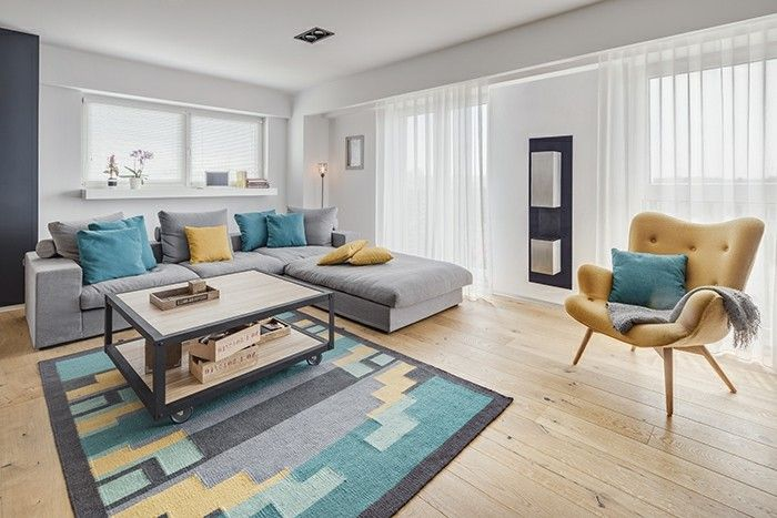 Sofa Gray Colored Dekokissen Colorful Carpet Of Yellow Armchair Living Ideas Living Room Gray Sofa Carpet Colors Sofa