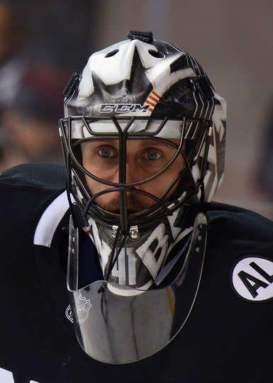 more photos 66e34 a8a33 Jaroslav Halak #41 of the New York Islanders | Masks ...