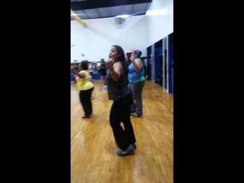 ▶ The lady lifter Zumba's - YouTube
