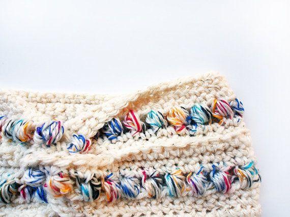 Etsy の Popcorn Turban Headband in Cream and Rainbow by westervin