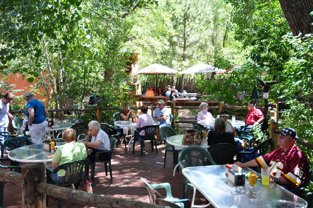 The perfect place to eat after a hike in Garden of the