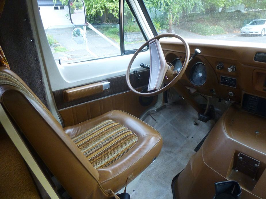 A Cab Of A 1973 Dodge Sportsman Motor Home Cab Rv Floor Plans Chinook Dodge Sportsman